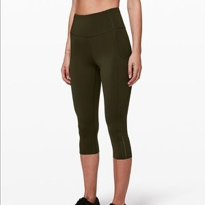 Lululemon Fast and Free Tight Crop 19""